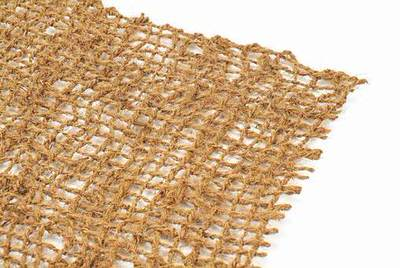 кокосовая сетка, ширина 2,0м (ячейка 30х30мм) Sri Ragavendra Coir Products (Индия) кокосовое полотно